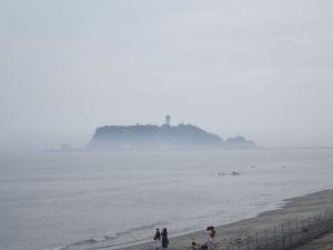 七里ヶ浜から江の島